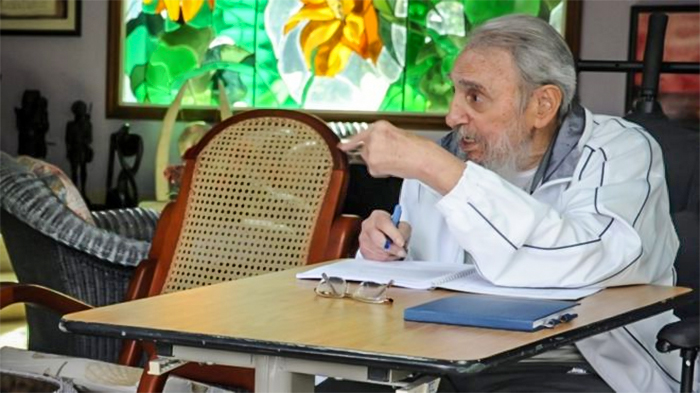 fidel castro essay fidel castro responds to obama in lengthy bristling essay